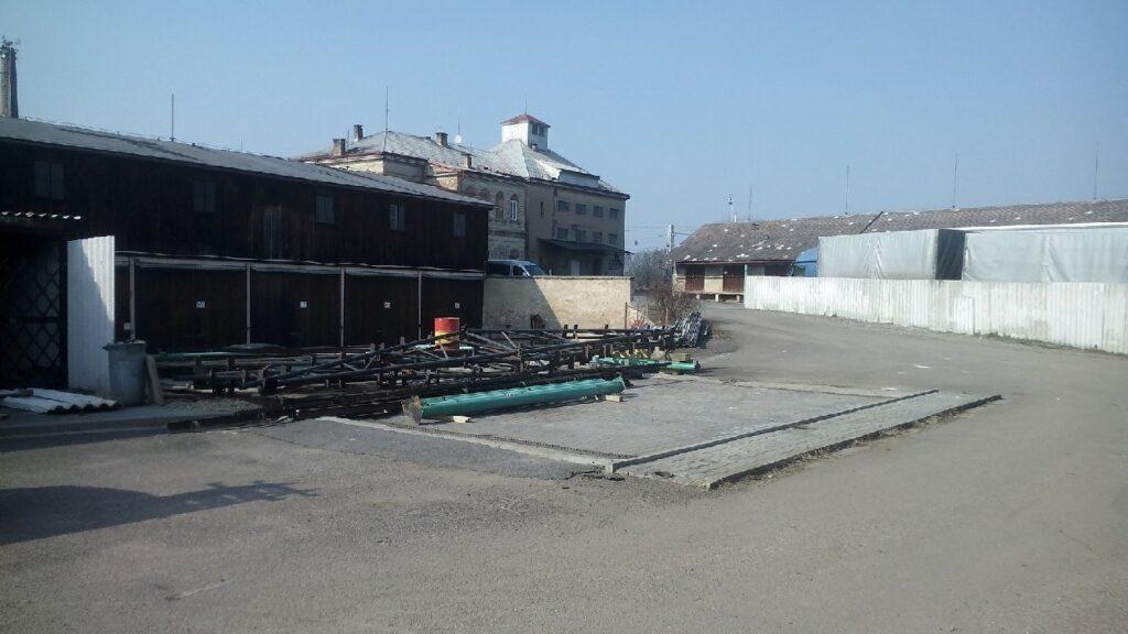 Demontáž ocelové konstrukce - benzina
