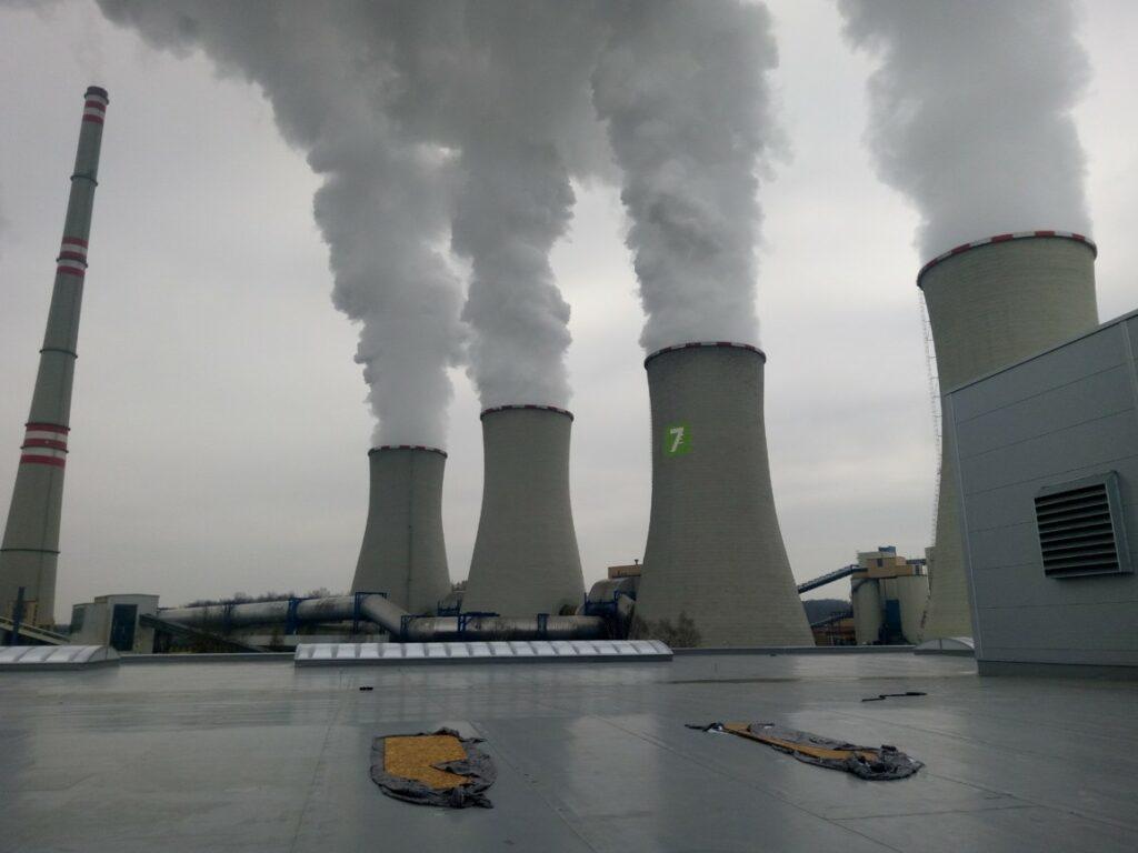 Elektrárna Chvaletice výškové práce